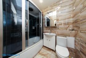 Красивая квартира для большой семьи в центре Яблоновского!